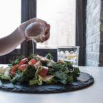 「トップバリュ お米のかわりに食べるカリフラワー/ブロッコリー」とキャベツライス