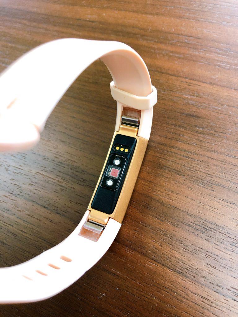 Fitbit (フィットビット)AltaHRを母の日プレゼントに!